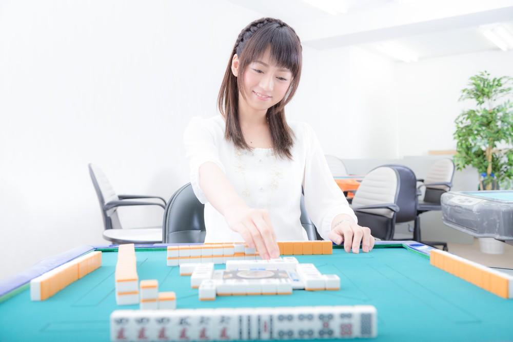 https___www.pakutaso.com_assets_c_2015_06_MJ885_taikyokucyunotaku15110228-thumb-1000xauto-18397