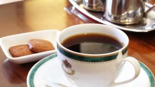 コーヒー1杯800円の喫茶店でバイトしてるけどなんか質問ある?