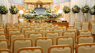 お葬式でピアノ弾いてるけど質問ある?