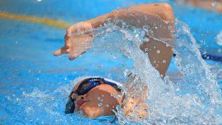 クロールで止まらずに300m泳げるけど質問ある?